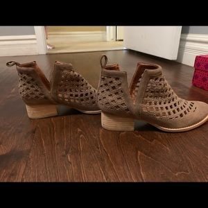 Jeffrey Campbell booties 8 and 1/2